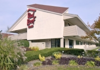 Red Roof Inn Edison NJ pet-friendly hotels