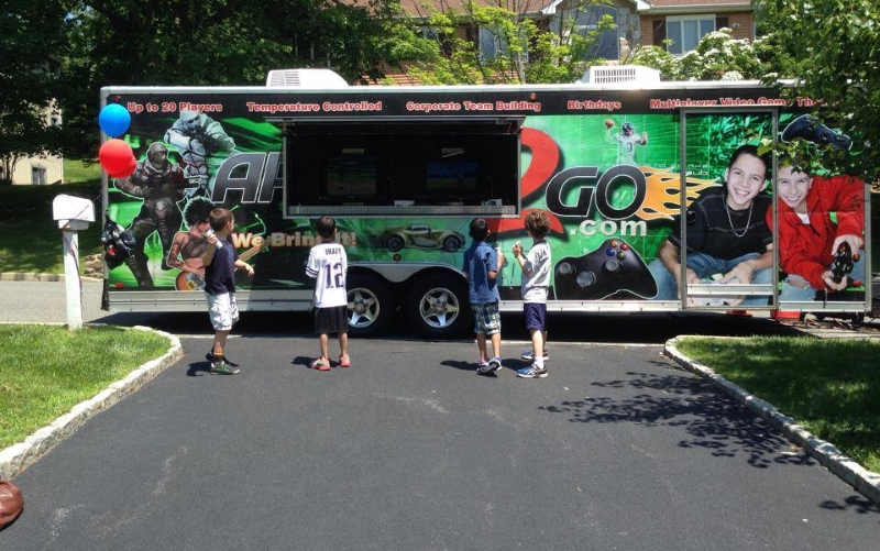 Arcade 2 Go Childrens Party Buses in NJ