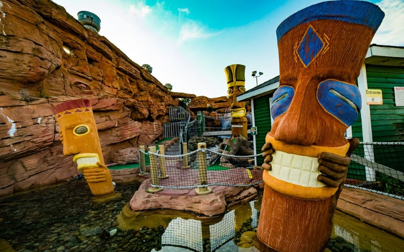 OC Adventure Golf and OC Waterpark Mini Golf Courses in Southern New Jersey