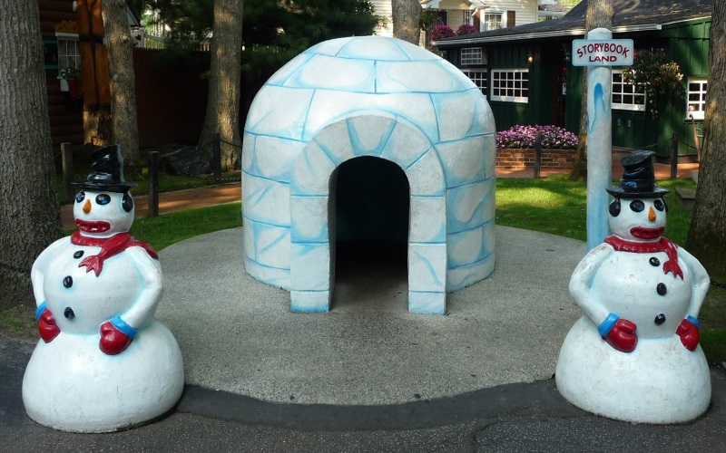 Explore your favorite children's stories at Storybook Land in Egg Harbor Township NJ.