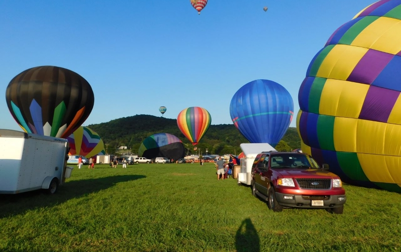 Warren County Day Trips with Kids in NJ Farmer's Fair and Hot Air Balloon Festival