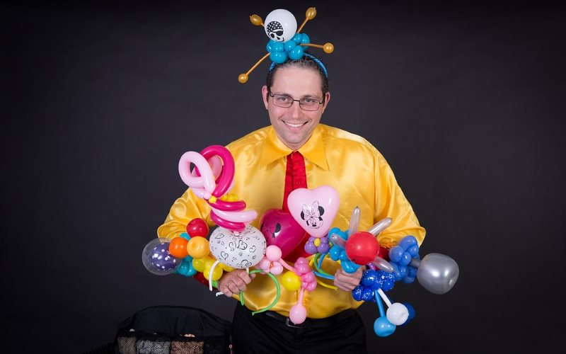 Magical Teamwork Balloon Entertainers in NJ
