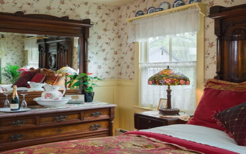 Stay the day or the night in the Historic Riverside Village of Frenchtown in the Widow McCrea House.
