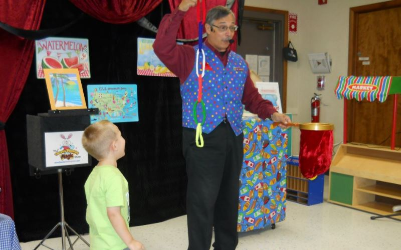 Book Dennis the Magician in New Jersey