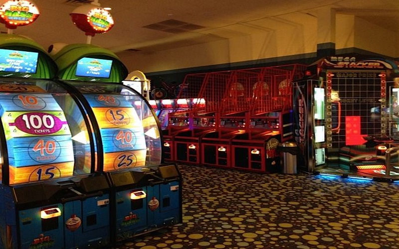 iPlay America Arcades in Monmouth County New Jersey