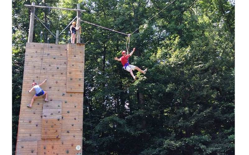 Ironwood Outdoor Center places to go ziplining in Southern NJ