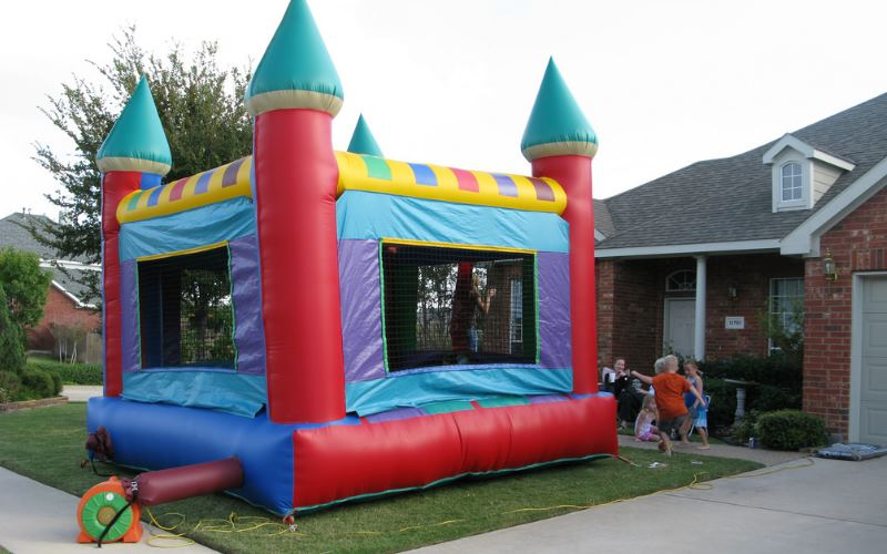 Irwins Parties Inflatable Rides and Rentals