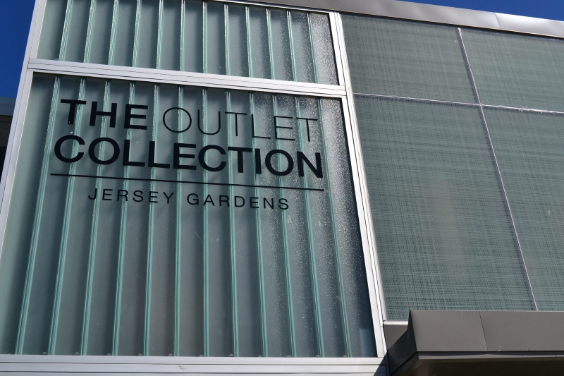Jersey Gardens Outlets Shopping Malls in NJ