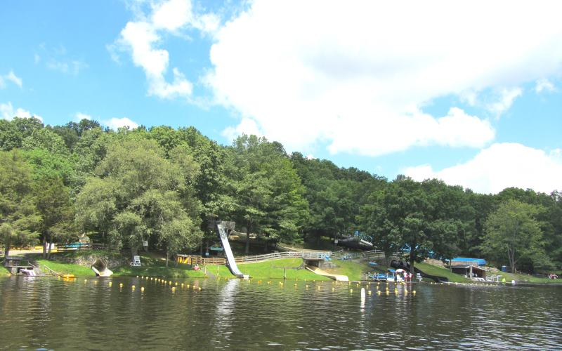 Tomahawk Lake Waterpark canoe rentals in Sussex County NJ