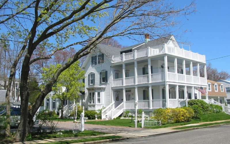 white-lilac-inn-in-spring-lake-new-jersey