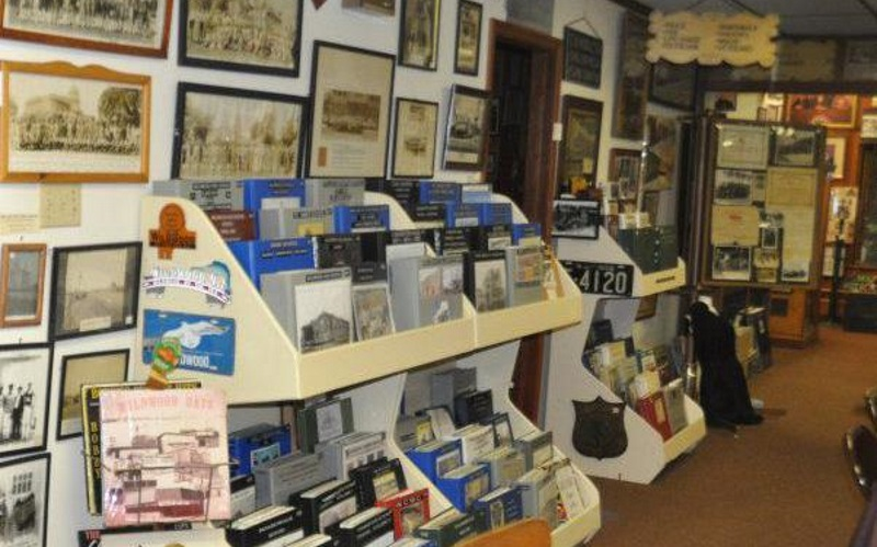 Exibits and books inside the Wildwood Historical Society