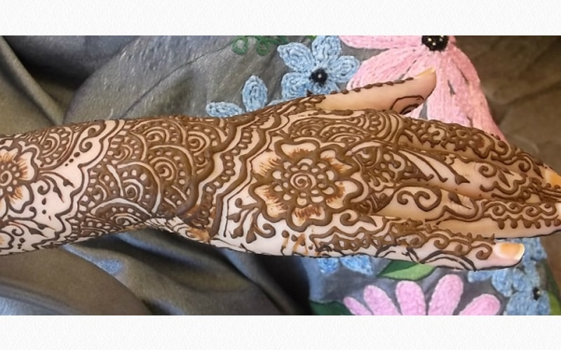 Zainab Rangwala Henna Tattoo Artist in NJ